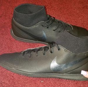 Nike Phantom SN Vision Sneakers